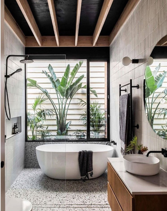 Một số nội thất làm nổi bật phòng tắm